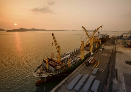 AAL Brisbane - Transportation of Process Modules from Mokpo to Prince Rupert
