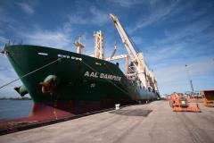 AAL Dampier - Discharging ESP module in Port Pirie, Australia