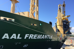 AAL Fremantle – Discharging Hopper in Townsville, Australia