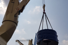 AAL Fremantle - Discharging Railway Equipment in Singapore from Nansha, China