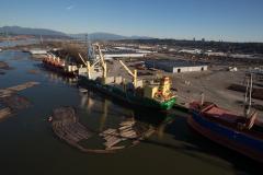 AAL Hong Kong - Loading Logs in Vancouver