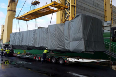 AAL Hongkong - Discharging Aeroplane Boarding Bridges in Melbourne