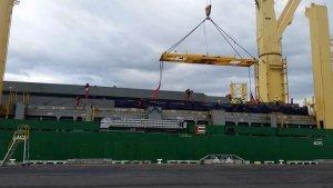 AAL Hongkong - Discharging Structural Steel Cargo in Melbourne
