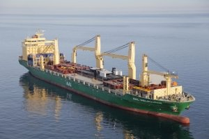 AAL Melbourne - Discharging Steel Structures and Barge in Canada and US
