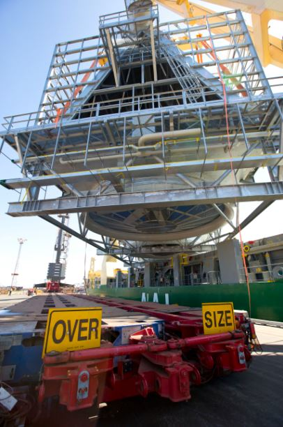 AAL Nanjing - Discharging ACC Unit (410MT) in Port Hedland, Australia