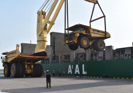 AAL Dampier - Trucks to Nakhodka for Freightplus